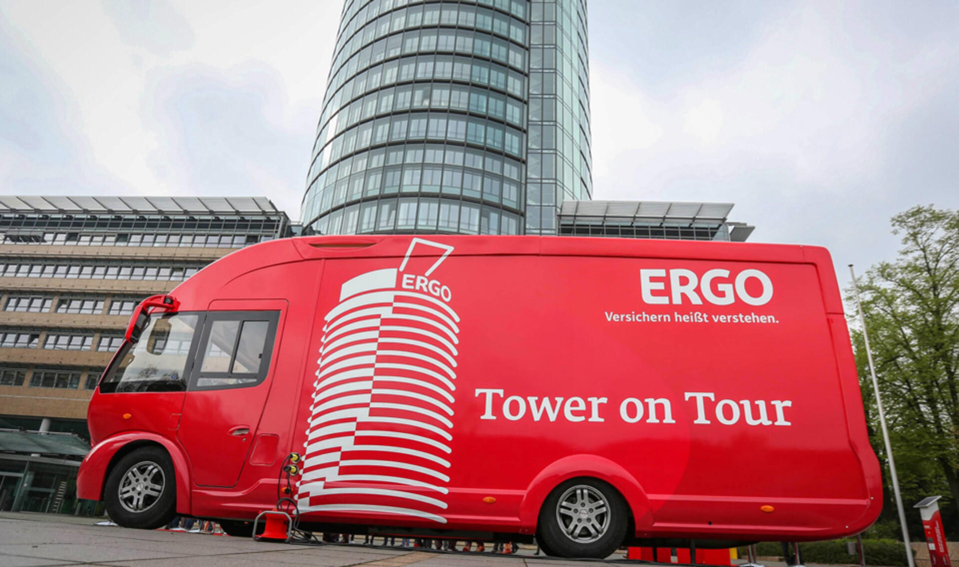 ergo-tower-on-tour-4-Infobus.jpg