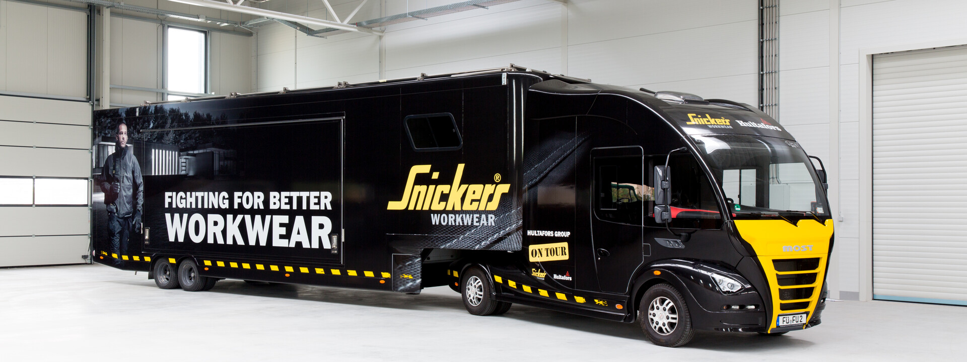 Snickers Showtruck